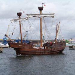Kogge im Hafen