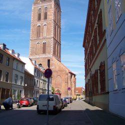 Am Fürstenhof mit Marienkirchturm